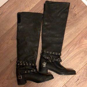 Authentic Stuart Weitzman leather bootes, size 6.5